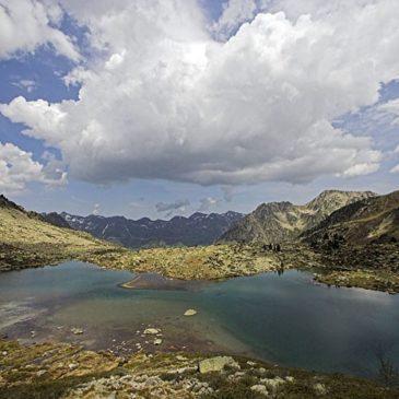Lac Blanc au dessus du lac Dets Coubous à Barèges